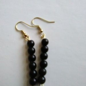 GOLD PLATED ROUND PEARL EARRINGS-HANGING